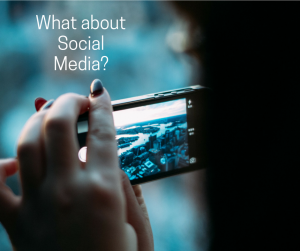 The benefits of social networking platforms vary based on platform type, features and the company itself.